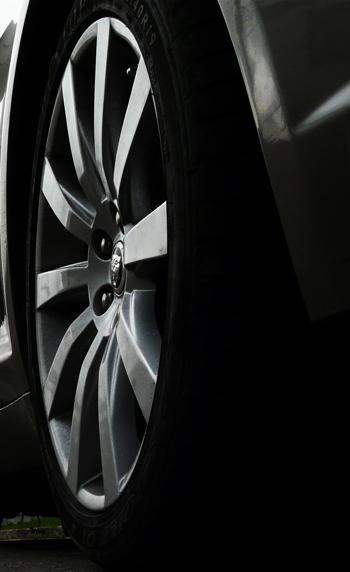 xf2010-rueda
