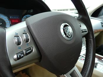 xf2010-volante