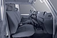 landcruiser10-cabina-200-1