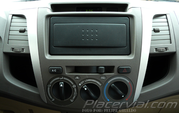 fortuner10-controles-aire